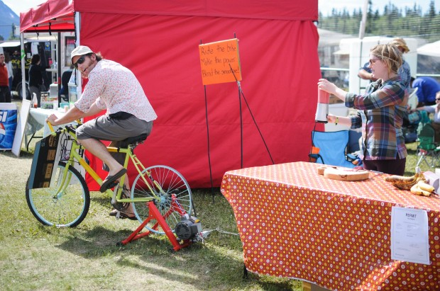 the smoothie booth: they made energy by pedalling a bicycle, which powered the blender!!  Awesome!