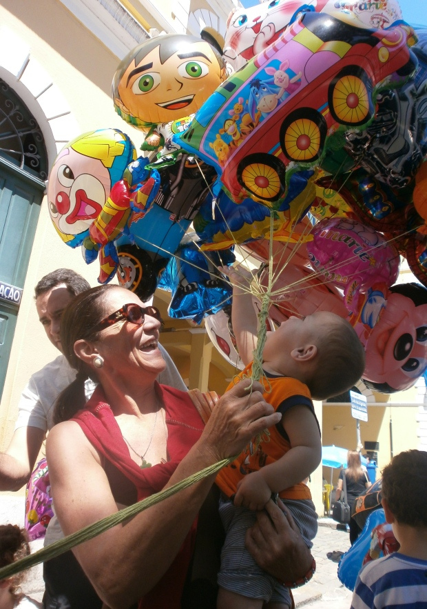 balloons!!  Nuni's mom is so hilarious, she's not afraid to do anything and be crazy